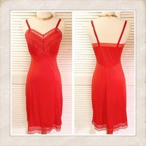 Va va va Vintage Red Full Slip! A Beauty!